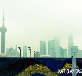 Smoggy mornings along the Bund Shanghai