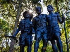 Statue at 1000 Steps Kokoda Track Memorial Walk