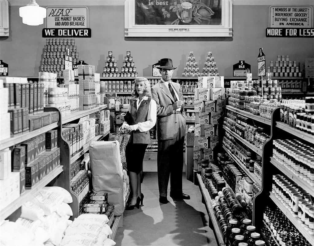Publicity still from the film Double Indemnity